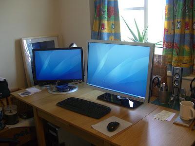 Perbedaan Monitor LED dan LCD