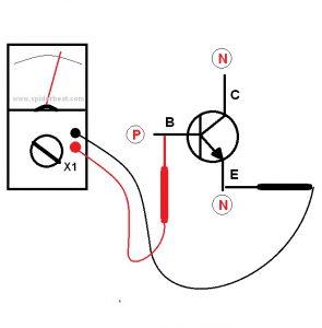 Mengetes transistor PNP
